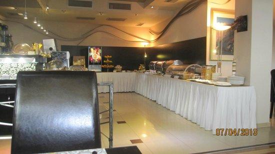 Design Hotel Mr. President: Salon para desayunar y comedor. Impecable