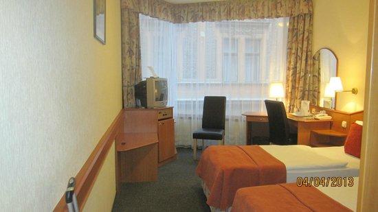 Hotel Orion Várkert: Amplia y alegre