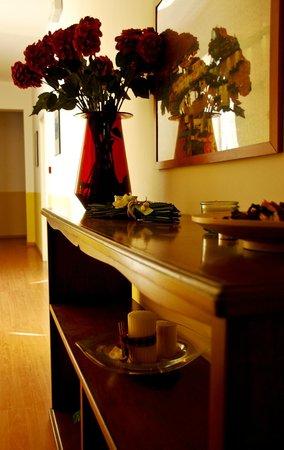 Hotel Conchiglia: ,,,die Gestaltung der Gänge zum Zimmer