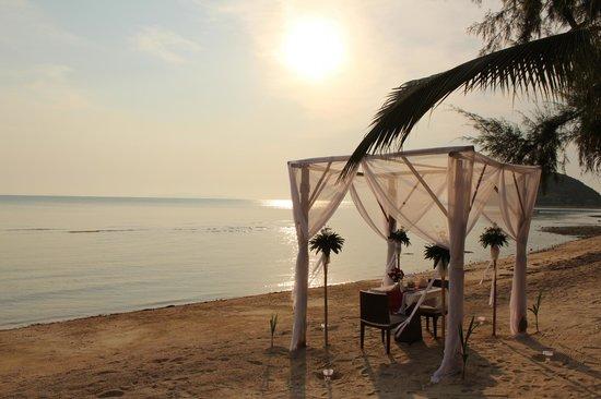 The Passage Samui Villas & Resort: Романтический ужин