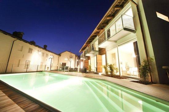 Palas Cerequio : La Piscina - Our Pool