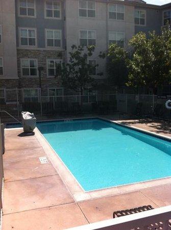 Residence Inn San Diego Scripps Poway Parkway: swimming pool