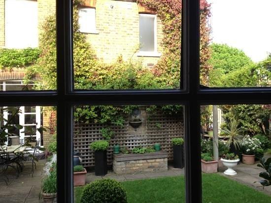 The Coach House: and a secret garden too