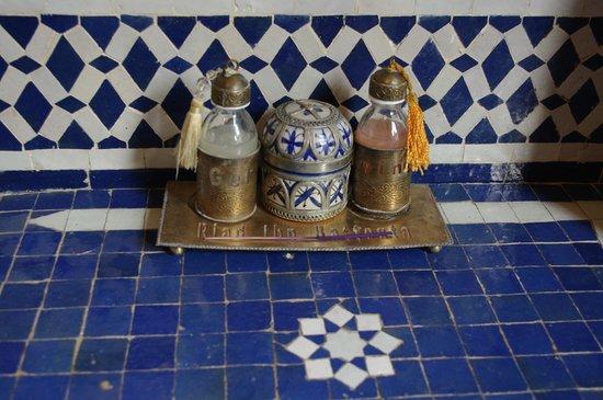 Riad Ibn Battouta : Salle de bain