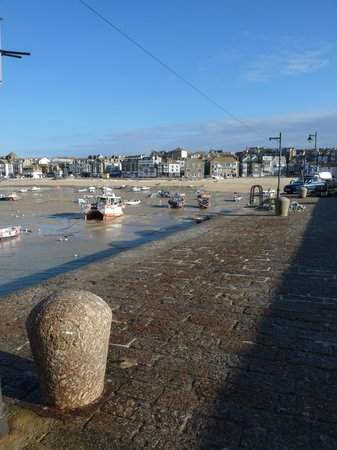 27 The Terrace: St Ives