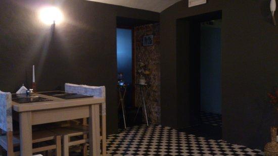 Elizabete Hotel: Стильная столовая зона