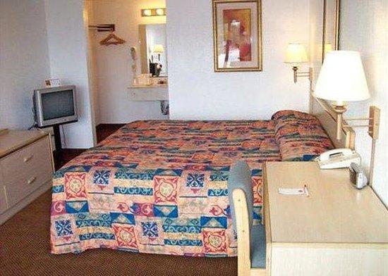 Econo Lodge Dallas Airport North : guest room
