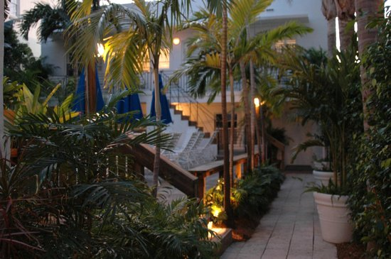 Sobe You Bed and Breakfast: SoBe You Bed & Breakfast