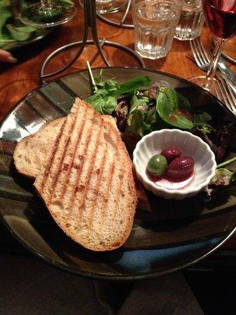 Ballou's Restaurant & Wine Bar: Apricot & Brie Panini