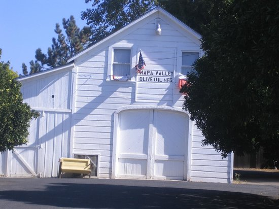 St. Helena Olive Oil Company: the old location - such a sweet little building