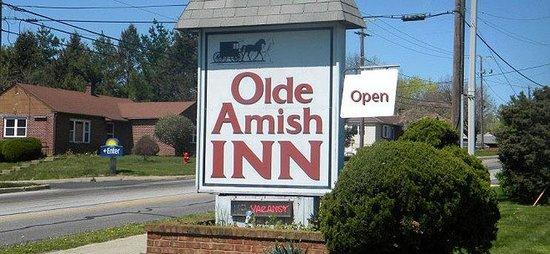 Olde Amish Inn: Innsign