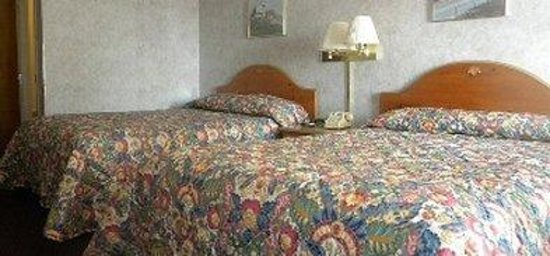 Olde Amish Inn: Queenbeds