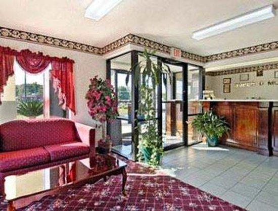 Americas Best Value Inn - Valdosta / Lake Park: Lobby