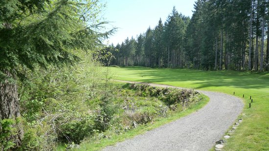 Storey Creek Golf Course: Off in nature