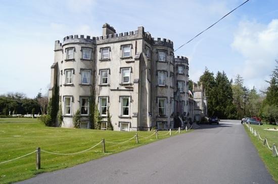 Ballyseede Castle: Add a caption