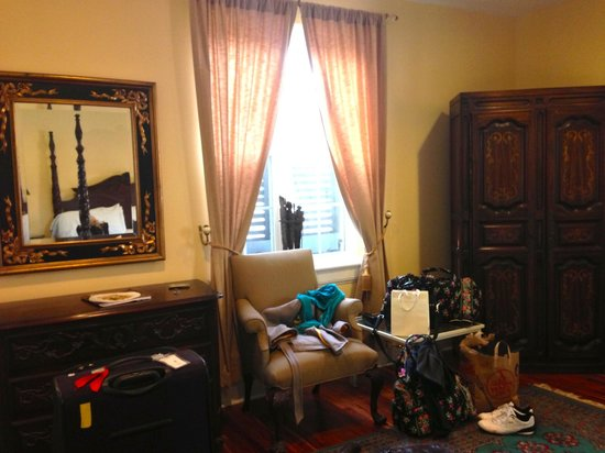 A Bed and Breakfast at 4 Unity Alley: inside the room.