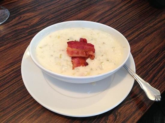 Red Dog Inn: creamy irish potato and leek soup