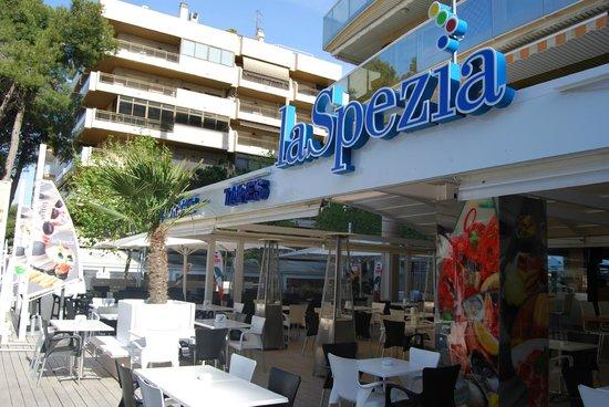 Entrada restaurante La Spezia Salou - Picture of laSpezia, Salou ...