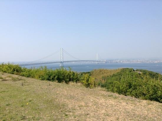 Awaji Highway Oasis: 明石海峡大橋