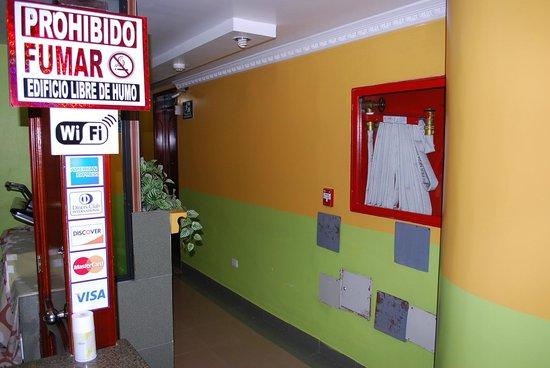 Hotel Gran Quitumbe: Pasillo