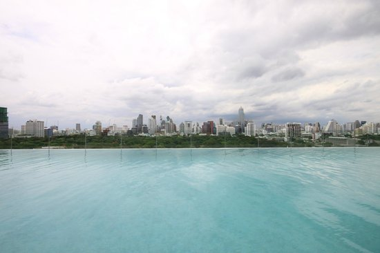 SO Sofitel Bangkok: the view from the pool! for me the best view of Bangkok