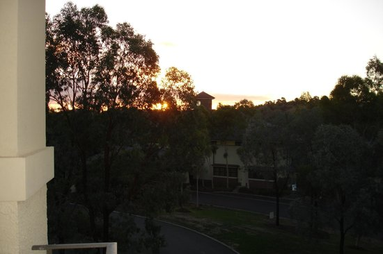 Yarra Valley Lodge: sunset from balcony