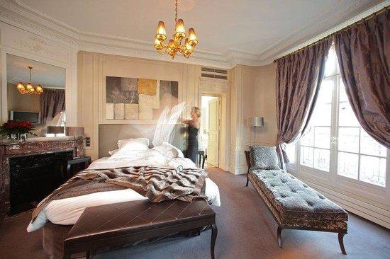 Champs Elysees Plaza Hotel: Property Amenity