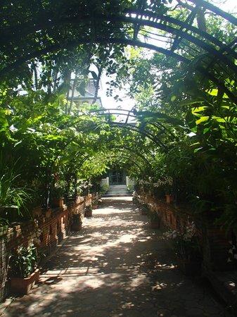 Chakrabongse Villas: Romantische tuinen