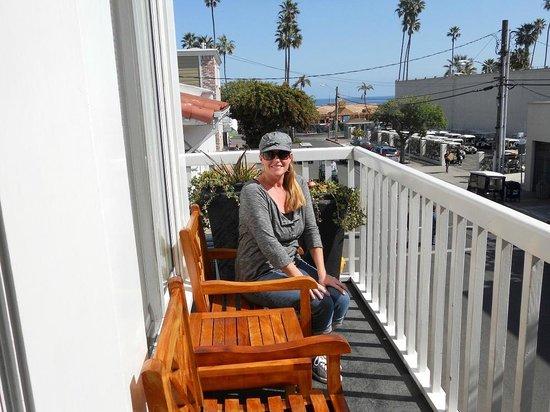 Catalina Island Inn: me sitting on the patio