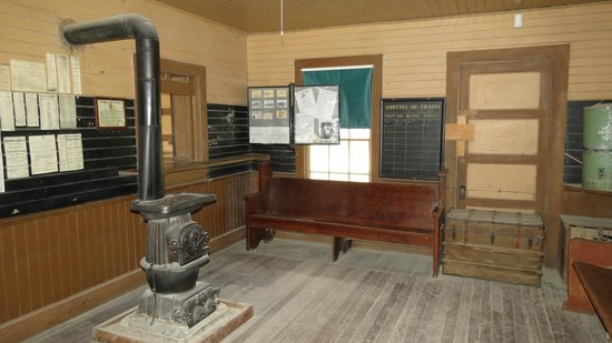 Laws Railroad Museum: Train station waiting area and ticket window