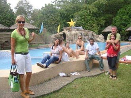 Gumamela Caverock Farm Resort: Our friends fro Belgium