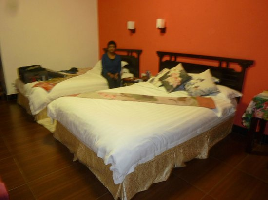 Li River Resort: King and Double beds in room 207 standard deluxe room overlooking courtyard. fabulous.