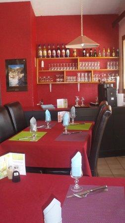 P'tit Dej-Hotel Gap Le Pre Vert : Restaurant