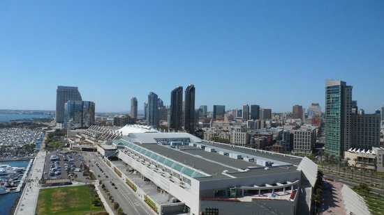 Hilton San Diego Bayfront: View of San Diego and Convention Centre