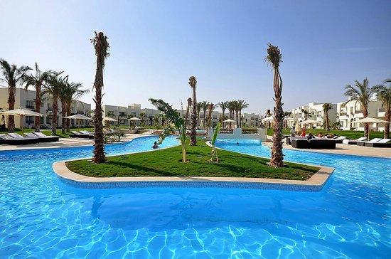 Swimming Pool at Le Royal Holiday Resort Sharm El Sheikh