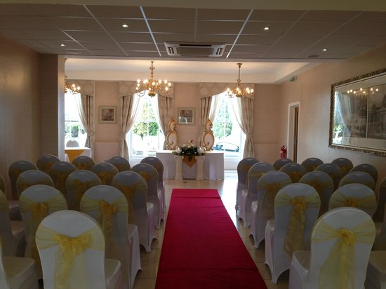 Ramada Park Hall Hotel and Spa: Wedding in Park & Dudley Suite