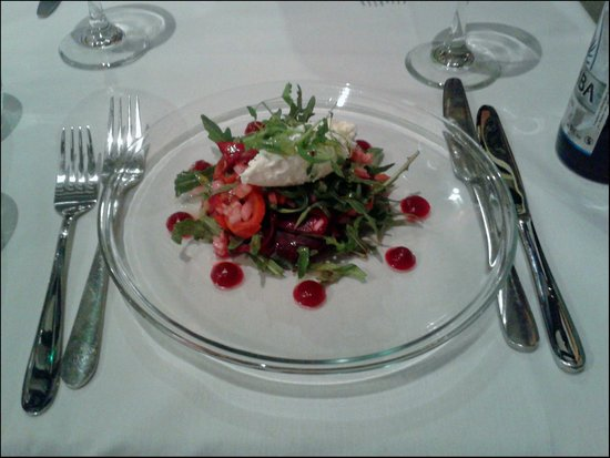 Bouchon: Goats Cheese salad