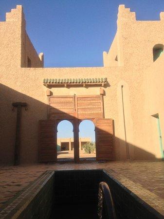 Dar El Janoub: Torres que custodian la Entrada al Hotel