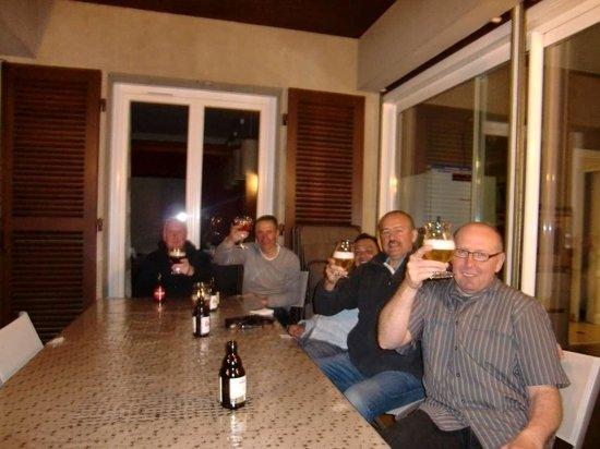 La Buissounette : Lekker biertje op terras