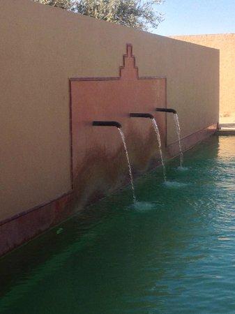 Dar El Janoub: Caños de agua