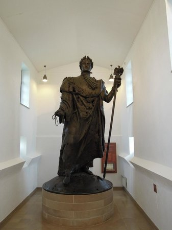 Colonne de la Grande Armée : La statue de l'empereur dans le musée.