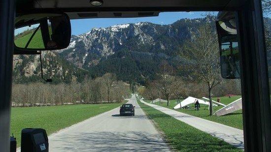 Schlossrestaurant Neuschwanstein: Road to the Hotel
