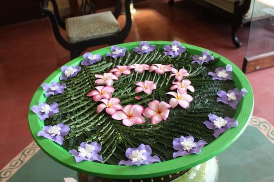 Casa Severina : Flowers @ reception