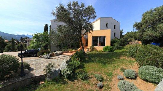 Cala di l'Oru : jardin