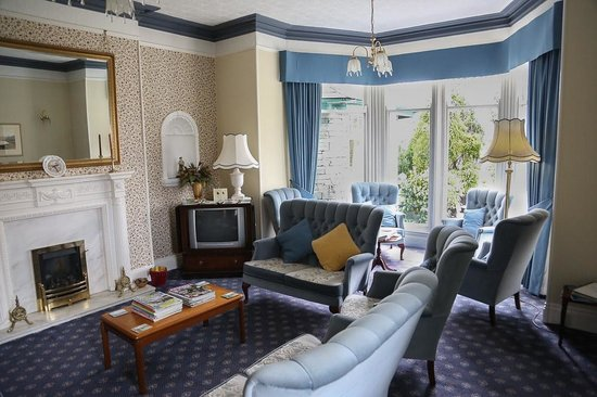Rothay Garth: Guest lounge/sitting room