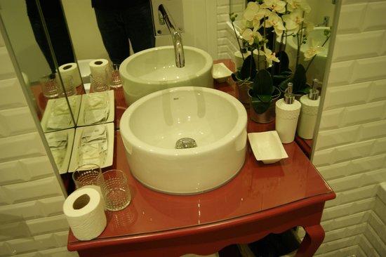 Madalena Hermitage: Salle de bain