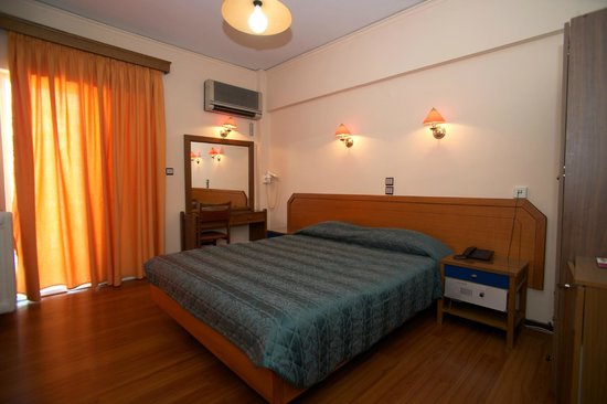 Hotel Anemoni : Room
