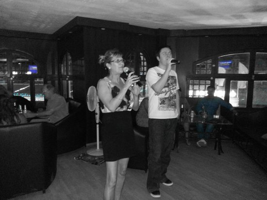 The Lounge : Dianne and Brett leading the Karaokee