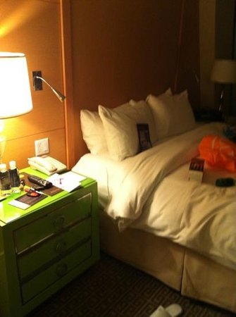 Sofitel Los Angeles at Beverly Hills: suite