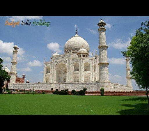 Budget India Holidays -  Day Tours: Taj Mahal